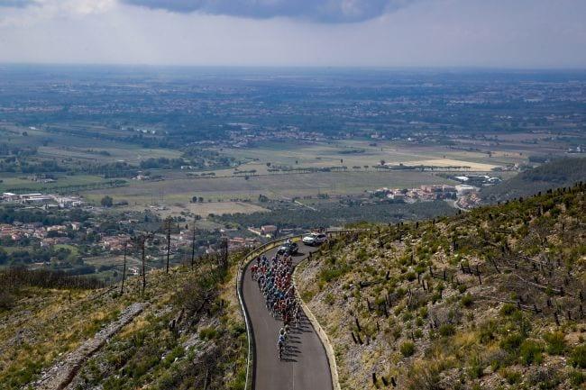 Ο Visconti χτυπάει τον Bernal για να κερδίσει τον Giro della Toscana